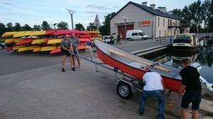 58 Pierwsze wodowanie nowej łodzi